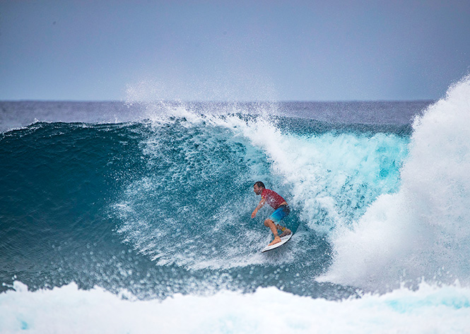 Parko Beats Kerrsy in Amazing Twin Fin Final at Four Seasons Champions Trophy